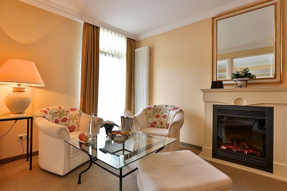 Suite Mürz Wohnraum Kamin