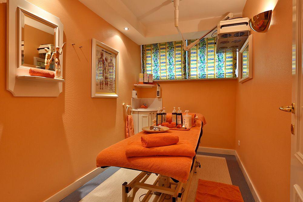 Vitaltherapie Massageliege