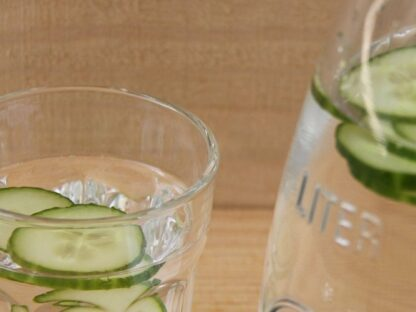 Nahaufnahme Gurkenwasser